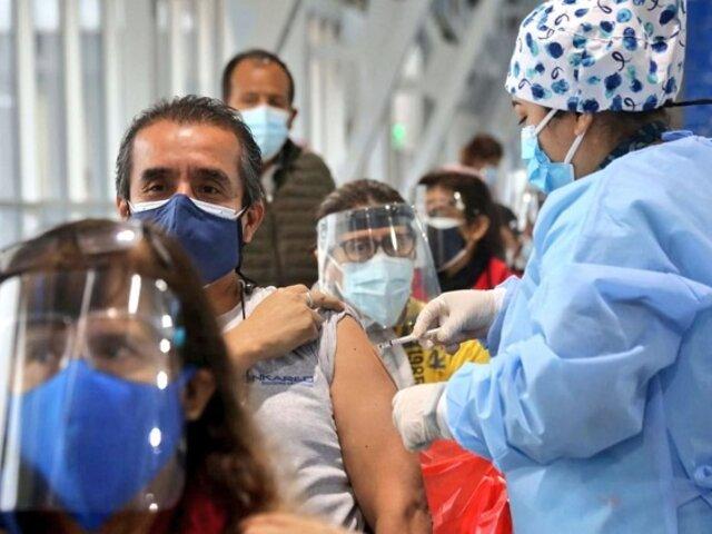 Fiestas Patrias: vacunatorios atenderán con normalidad este 28 y 29 de julio