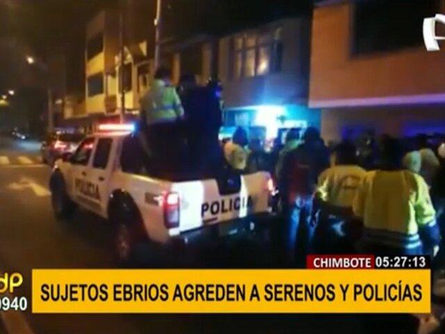 Chimbote: sujetos ebrios agreden a policías y serenos para evitar ser intervenidos