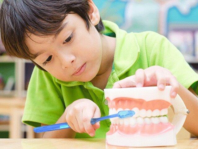 ¡Atención padres de familia! 7 recomendaciones para evitar la caries dental en niños