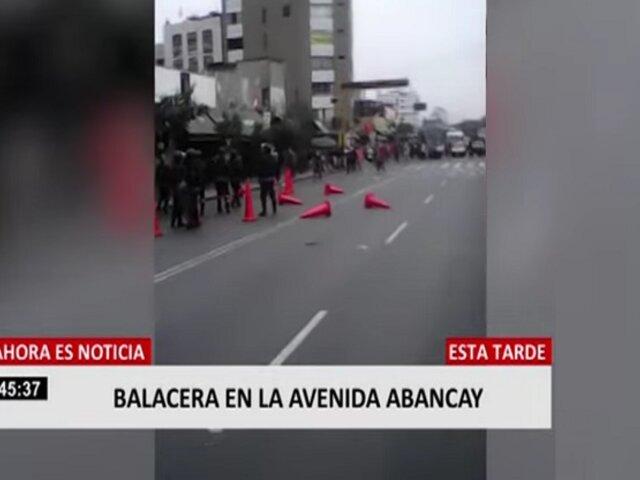 Reportan disparos en av. Abancay durante enfrentamiento entre ambulantes y fiscalizadores