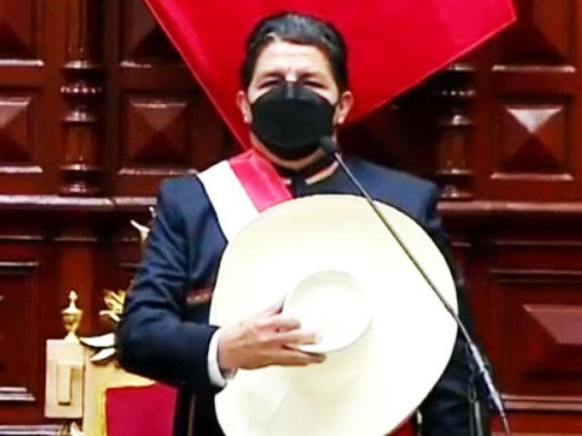 Pedro Castillo juró como presidente de la República y da su primer mensaje a la Nación