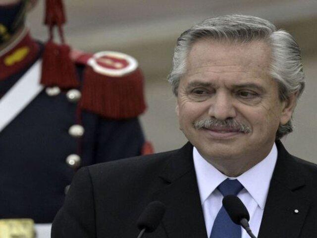 """Presidente de Argentina: """"Ustedes saben que lo queremos al Perú"""""""