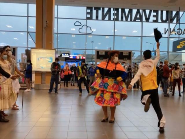 Aeropuerto Jorge Chávez: rinden homenaje por Bicentenario con bailes típicos