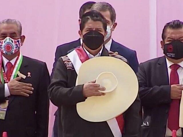Himno Nacional se entonó en quechua durante ceremonia de juramentación simbólica del presidente Castillo
