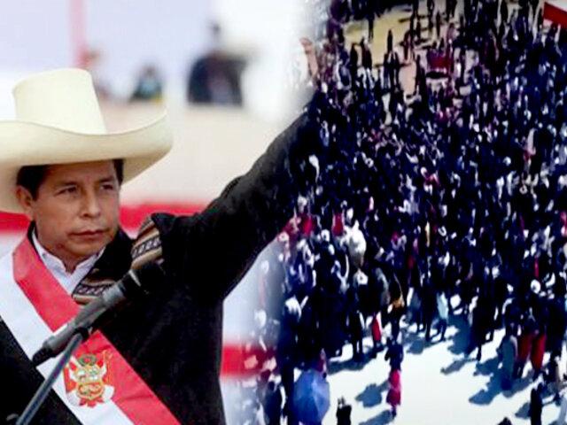 Juramentación simbólica de Castillo se realizó en medio del desorden y desorganización