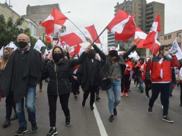 Manifestantes exigen la renuncia de Guido Bellido