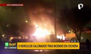 Callao: ocho vehículos calcinados tras voraz incendio en cochera