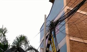 Empresas de telecomunicaciones no respetan ordenanza que prohíbe conexiones de cableado aéreo