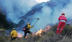 Cusco: por cuarto día consecutivo cientos de brigadistas luchan por controlar incendio forestal