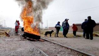 Cusco: manifestantes bloquean vías de tren a Machu Picchu