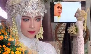 Casarse a toda costa: Novio con COVID-19 participa de su boda vía Zoom