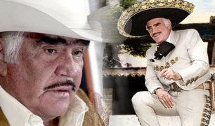Cantante Vicente Fernández es hospitalizado tras  sufrir caída
