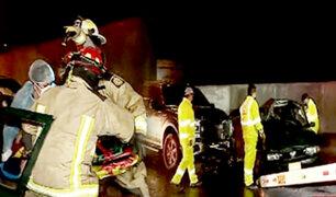 Comas: fuerte accidente vehicular deja a taxista gravemente herido