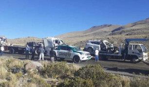 Choque frontal entre tráiler y camioneta deja cuatro muertos en la carretera Arequipa-Juliaca