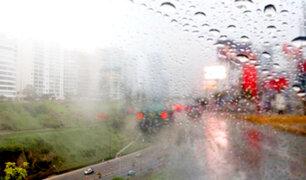 ¡Atención conductores! nuevamente Lima amaneció con llovizna