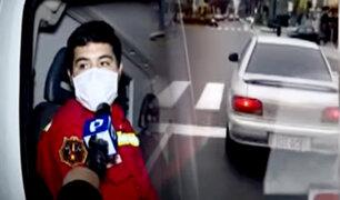 """Imprudente chofer obstaculiza camino de bomberos: """"llevábamos una paciente"""""""