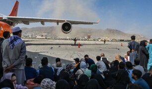 EEUU: hallan restos humanos en tren de aterrizaje de avión procedente de Kabul