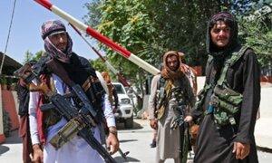 Talibanes se quedan sin cuentas de WhatsApp, Facebook, Instagram y YouTube