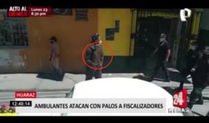 Ambulantes atacan con palos a fiscalizadores en Huaraz