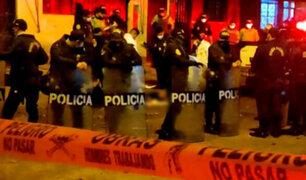 Sujetos en moto asesinan a balazos a dos amigos en el Callao