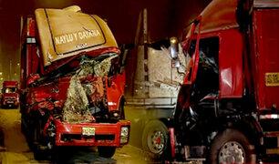 Surco: accidente entre camión y tráiler deja a una persona fallecida