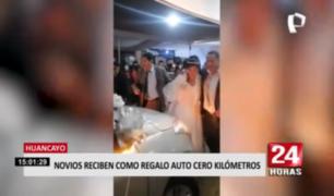 Huancayo: novios reciben como regalo de bodas un auto 0 kilómetros
