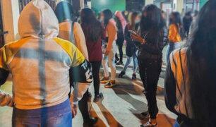 """Al menos 1.000 menores de edad fueron intervenidos durante una """"fiesta semáforo"""" en Ate"""