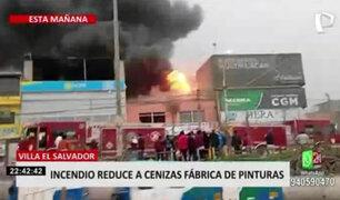 Villa El Salvador: incendio reduce a cenizas tienda de pinturas