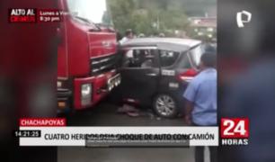 Violento choque entre auto y camión dejó cuatro personas heridas en Amazonas