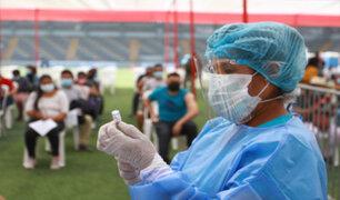 Covid-19: vacunación de más de 177 mil docentes se iniciará este viernes 3 de setiembre