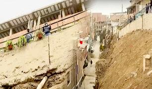 Surco: denuncian construcción irregular en faldas de cerro y temen que afecte sus viviendas