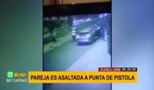 Pueblo Libre: asaltan a mano armada a pareja que iba en un auto