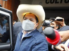 """Pedro Castillo: """"Hay que estructurar en qué momentos conversar con la prensa"""""""