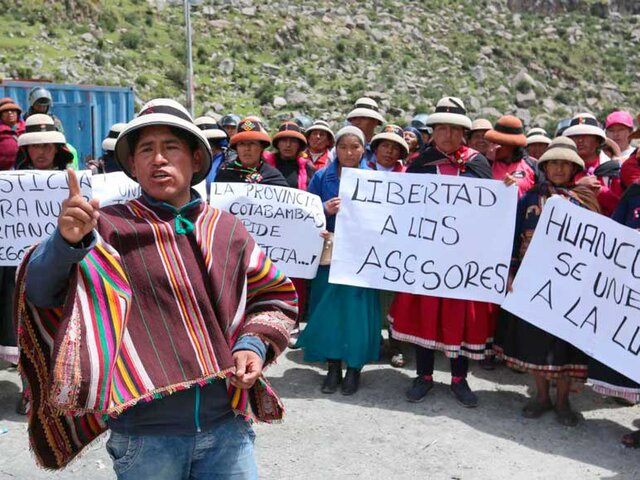 Las Bambas: suspenden protestas contra empresa minera luego de reunión con Bellido