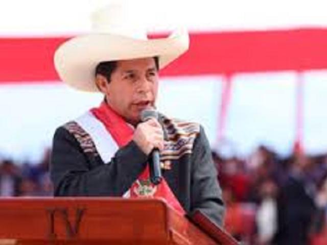 Presidente Castillo sería vacunado con dosis de Sinopharm este viernes, según Cevallos