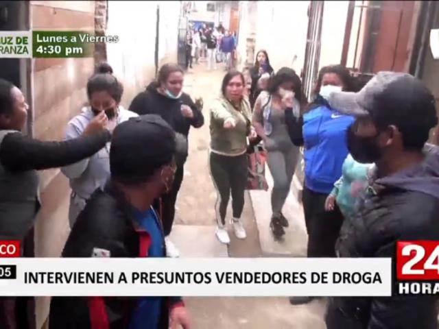 Intervienen a presuntos comercializadores de droga en Surco