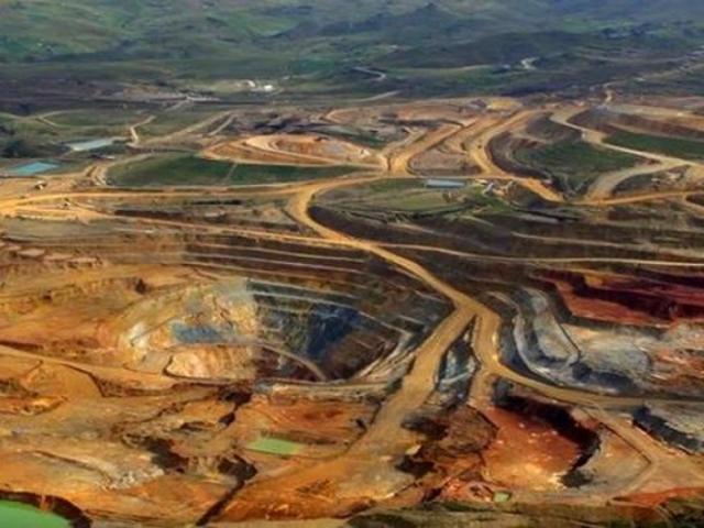 """Perú Libre no daría luz verde al proyecto minero """"Tía María"""""""