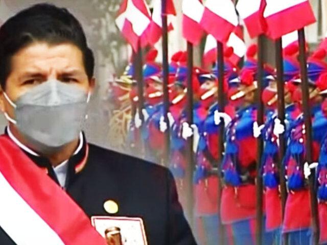 Presidente Catillo asiste a la ceremonia por los 200 años del Ejército peruano