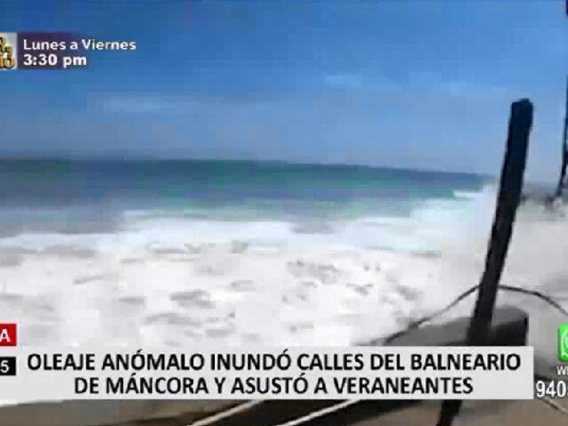 Piura: oleaje anómalos invadieron las calles de Máncora