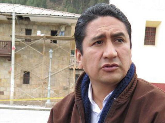Piden casi 3 años de prisión para Cerrón por presunta malversión de fondos