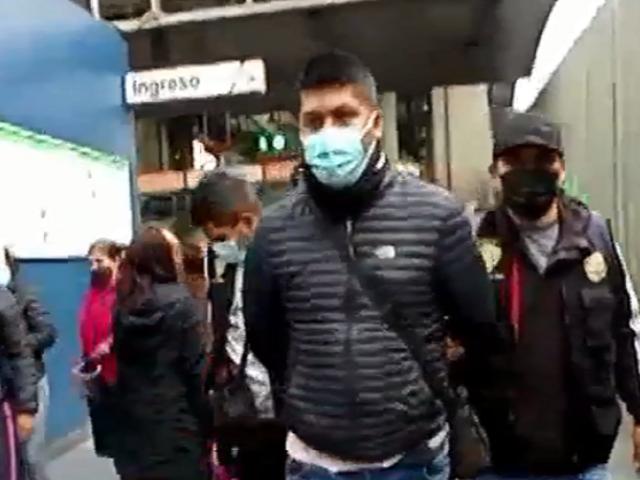 Capturan a delincuente que clonaba tarjetas del Metro de Lima