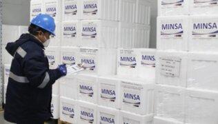 Perú recibió este miércoles 362 mil dosis de la vacuna AstraZeneca