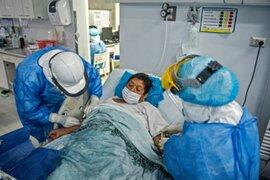 INS: Solo 5 contagiados con variante Delta están hospitalizados