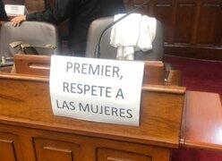 """""""Premier, respete a las mujeres"""": Congresistas de Fuerza Popular colocaron mensajes para Guido Bellido en el pleno"""