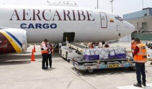 AstraZeneca: lote de 35.100 mil vacunas donadas por Canadá llegó al Perú esta tarde