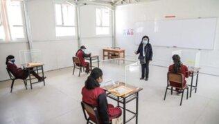 Clases semipresenciales: más de 6 mil colegios están funcionando en 21 regiones según Minedu