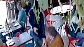 Miraflores: videos revelan como 'Los Malditos del Rolex' marcaron a su víctima