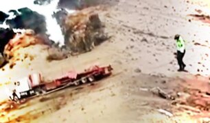 Tacna: Tráiler cae en barranco de 70 metros de profundidad y chofer se salva
