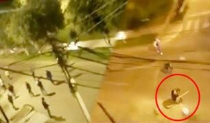 Pandilleros se enfrentan a machetazos en Surco