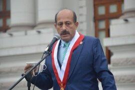 Héctor Valer se disculpa tras emitir frase sexista duranta la sesión de la Comisión Agraria